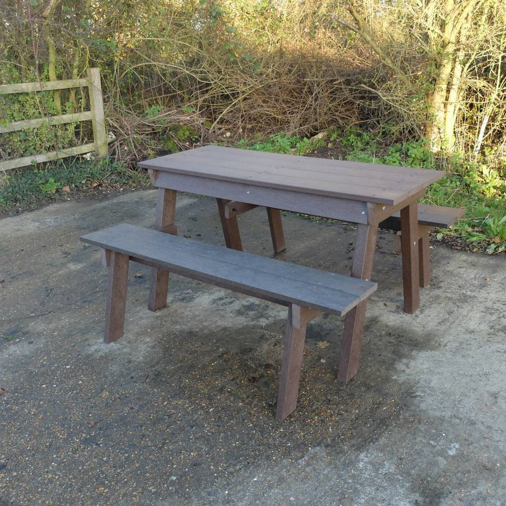 ERGO Picnic Table