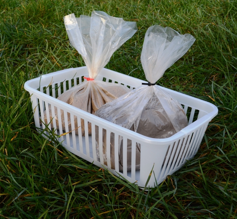 Mink Raft Tracking Kit 25cm x 25cm x15cm