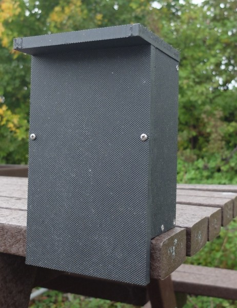 Kingston Bat Box Black 244mm x 144mm x 120mm